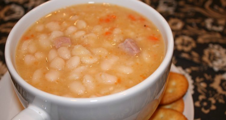 Grandma's Hearty Bean And Ham Soup…With No-Soaking Required!